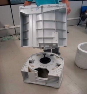 retirada conjunto tanque gabinete lavadora consul floral 7kg thumb Desmontagem e Testes da Lavadora Consul Floral 7kg